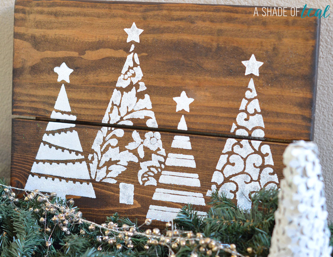 Diy christmas tree glitter sign with cutting edge