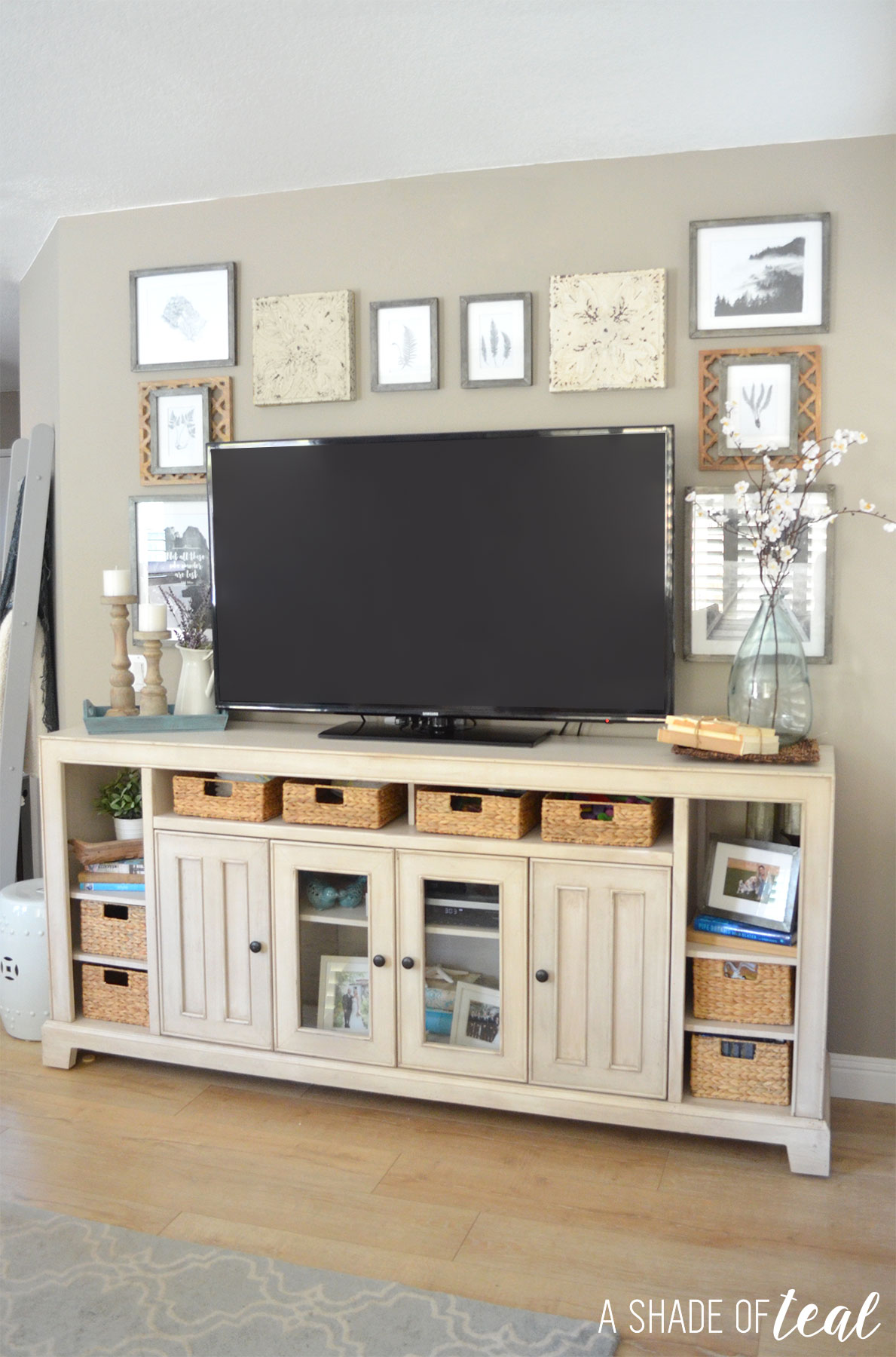 Decorate Tv Wall Modern